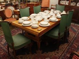 Salle des ventes (8photo-table,mobilier)